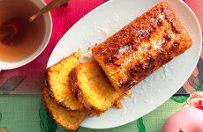 Ricetta Plum cake con carote, mele e cocco
