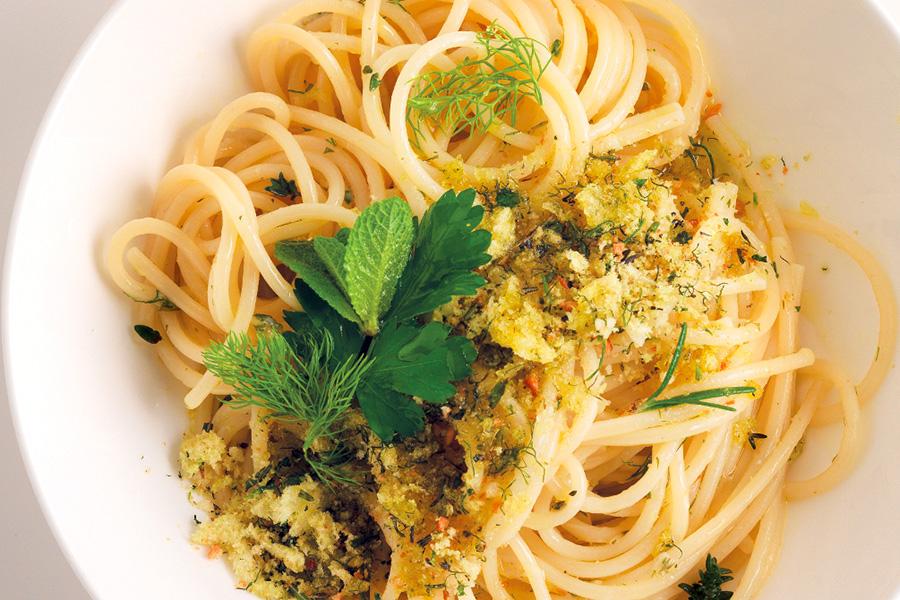 Ricetta Spaghettoni profumati - La Cucina Italiana