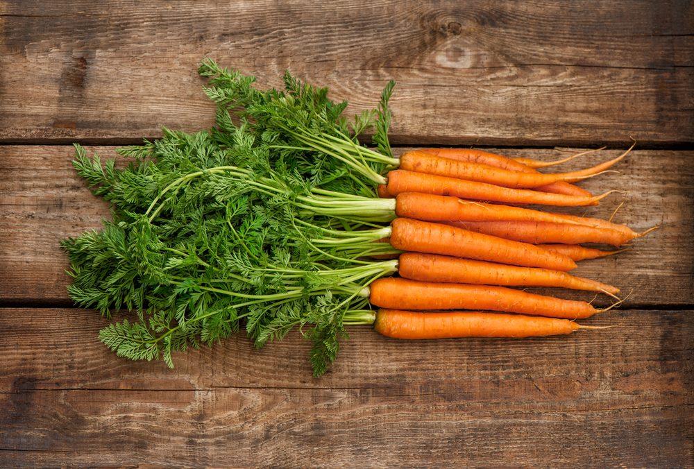 6 idee per riutilizzare al meglio i ciuffi di carota