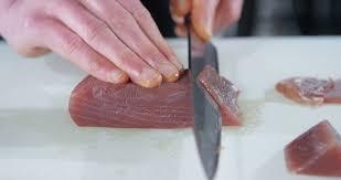 Come tagliare correttamente il tonno