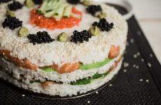 la ricetta del sushi giapponese a strati delizioso e scenografico